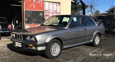 BMW 325iX 2 porte (E30)